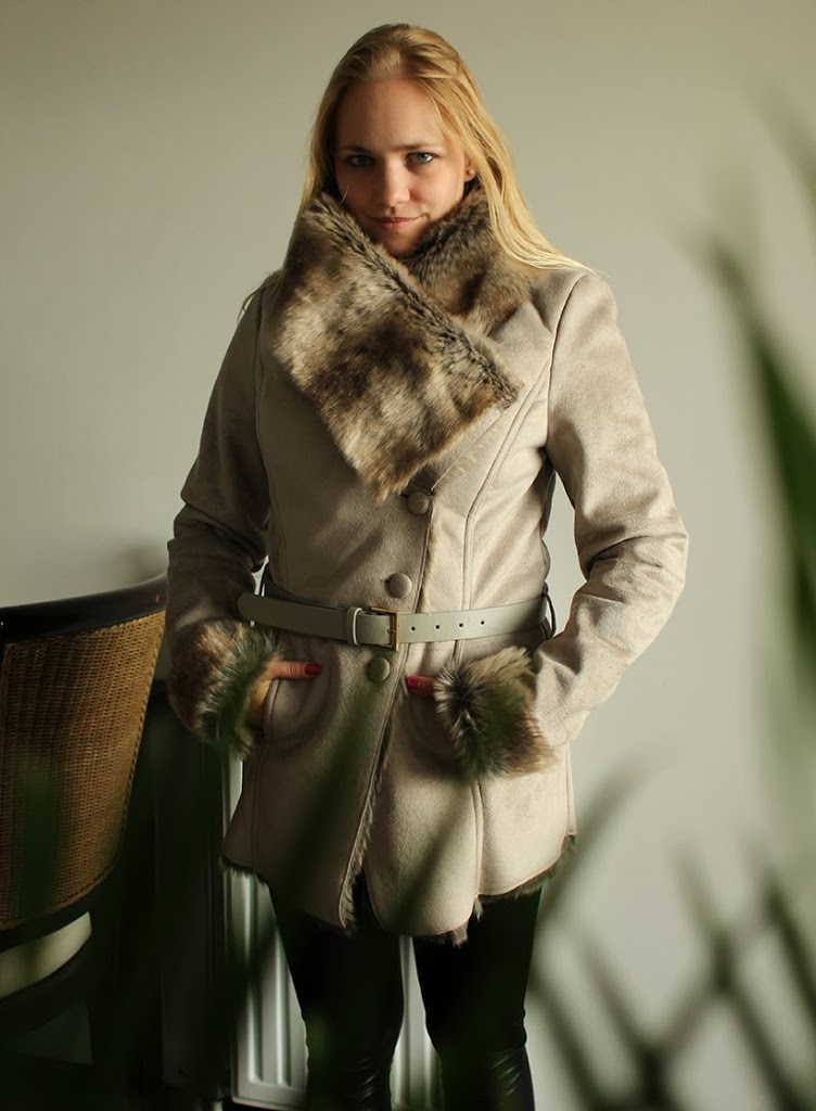 supertrash coat bijenkorf doldwazedagen discount sale fur fakefur furry jacket fashion newin shopping fashionblog blog fashionblogger birthday gift musthave