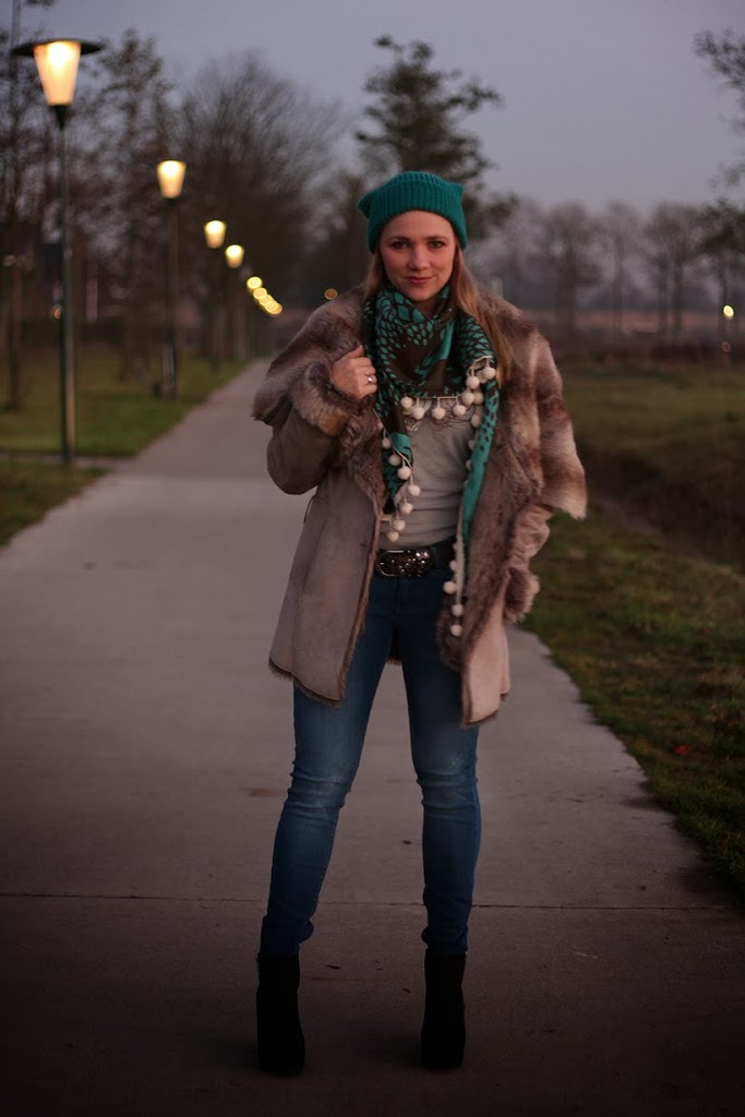fashion fashionblogger sarandipity outfitpost ootd outfit lookbook streestyle personalstyle teal POMamsterdam Supertrash inspiration trends fall fashion saranda walgaard mode modeblog