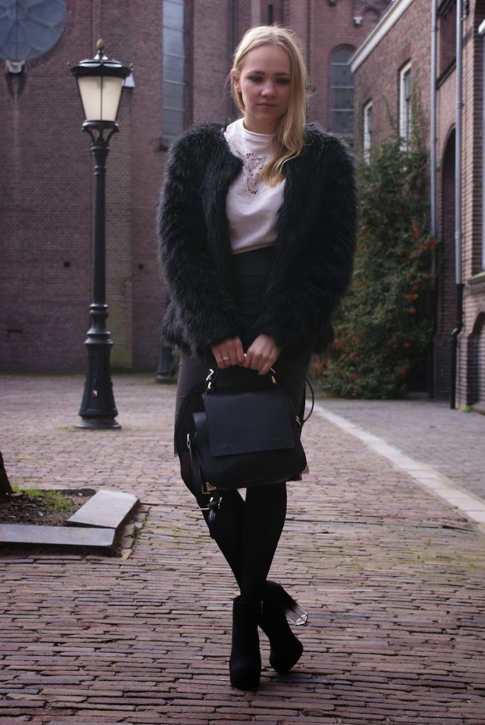 outfit fashion ootd outfitpost sarandipity zara HM faux fur lace slipdress dutch nederlandse amsterdam fashionblogger blog