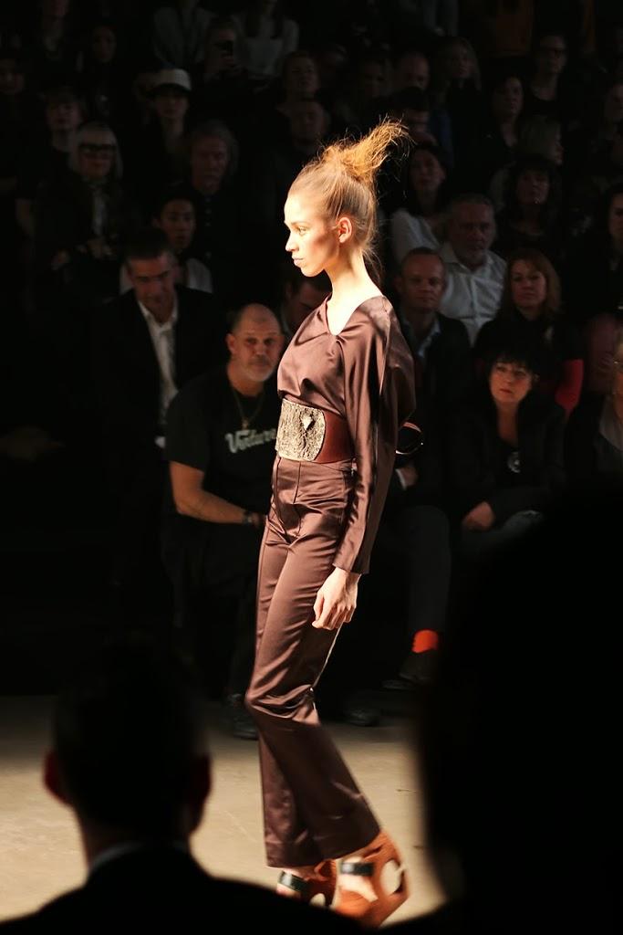dorhout mees fashion show week mercedes-benz amsterdam mbfwa sarandipity