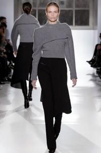 balenciaga sarandipity fashion blog blogger knitted sweater asymetric