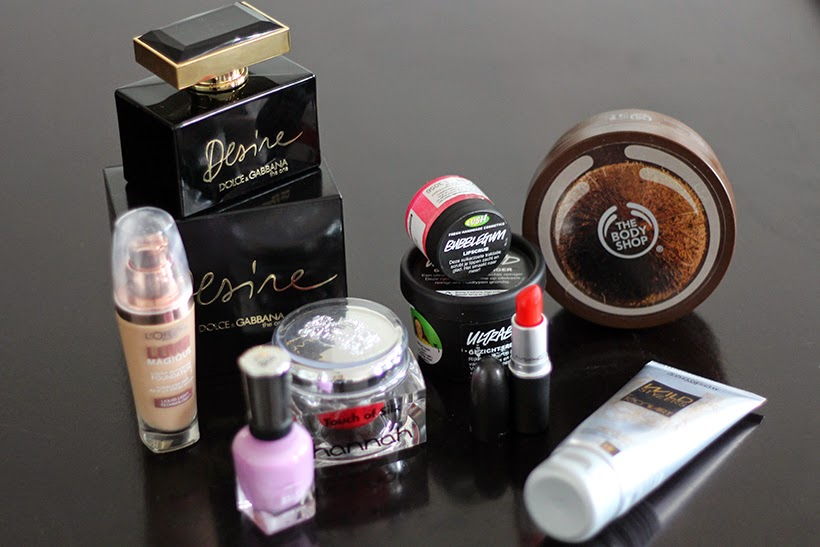 beauty products sarandipity blog loreal hannah mac bodyshop lush dolce gabbana sally hansen