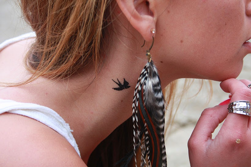 bohemian chic bohotats feather earring festival isabelli sarandipity