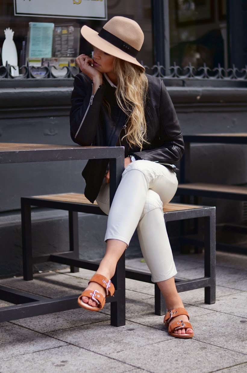 anouk yve sandals outfit ootd style fashion trend