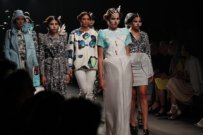 IINUA-joelleboers-bregjecox-mbfwa-fashionweeknederland-amsterdam-fashion-blog-dutch-design9
