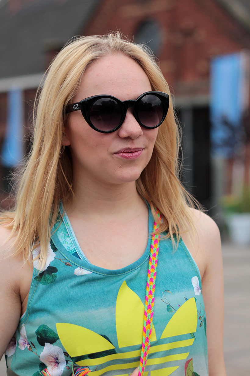 ootd--fashion-blog-adidas-farm-mochila-nike-vans-sarandipity-outfit-blogger2