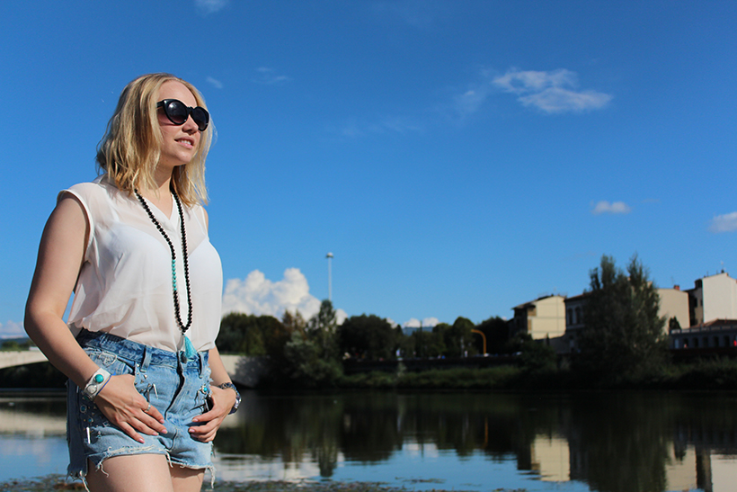 fashion-outfit-ootd-blogger-firenze-arno-turquoise waters-acqua-river-nature-moda-sarandipity1