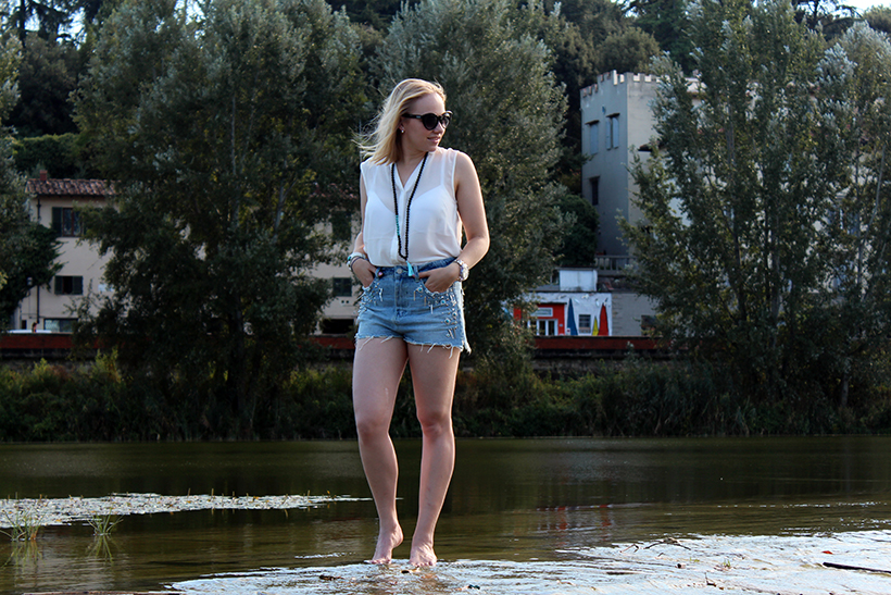 fashion-outfit-ootd-blogger-firenze-arno-turquoise waters-acqua-river-nature-moda-sarandipity2