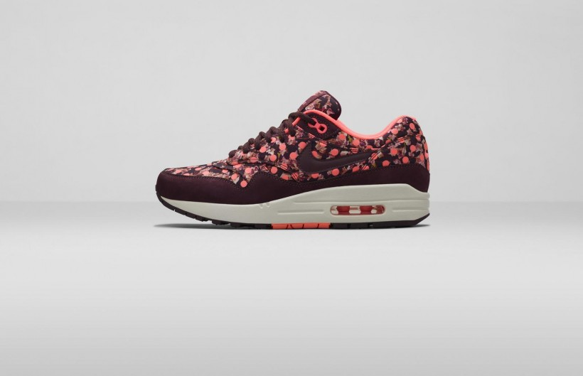 nike-x-liberty-holiday-2014-collection-1