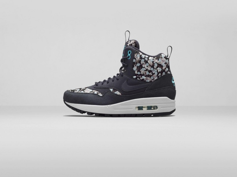 nike-x-liberty-holiday-2014-collection-7