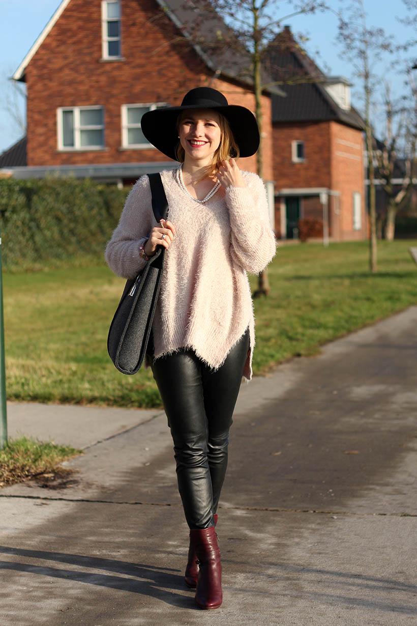 Hats Up Outfit Post Sarandipity