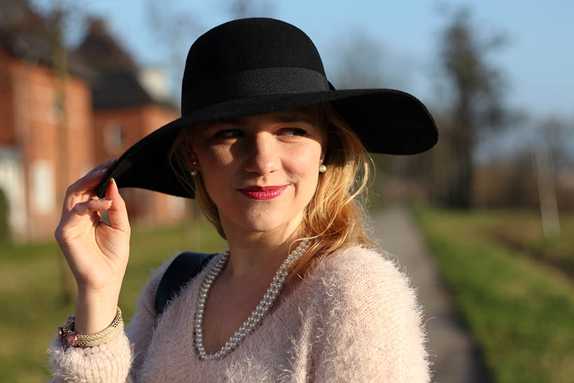 hats up-outfit-ootd-hm-ecco-otraparte-blqe-bohemian-winter-sarandaadriana-sarandipity-dutch-fashion-blog9
