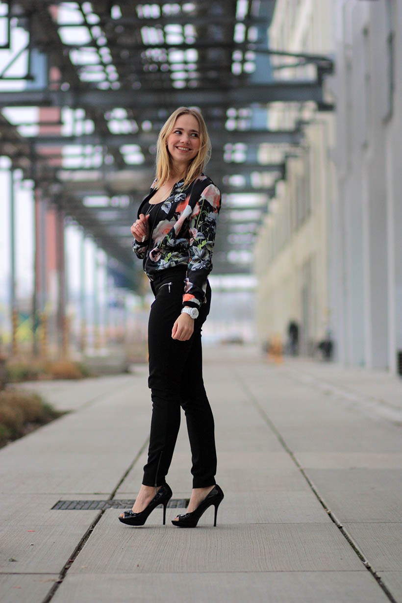 floral fun outfit ootd fashion blog dutch blogger shoeby eindhoven 4