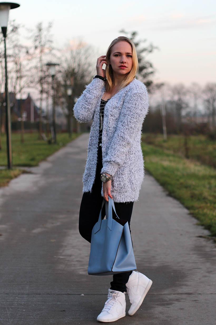 fluffy furla outfit ootd dutch fashion blog sarandaadriana sarandipity8
