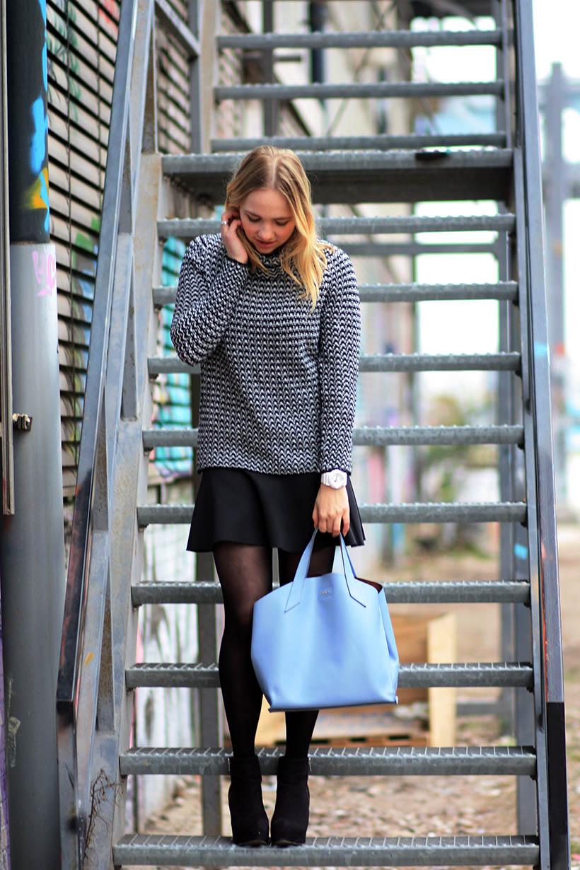 Industrial outfit post dutch fashion blogger sarandaadriana furla designer bag2