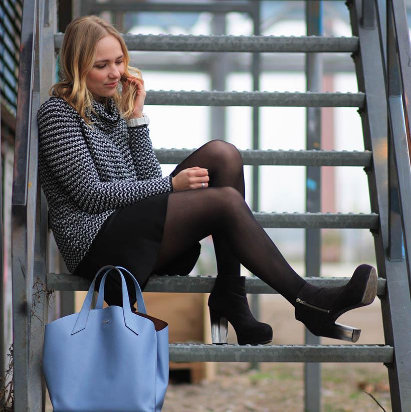 Industrial outfit post dutch fashion blogger sarandaadriana furla designer bag6