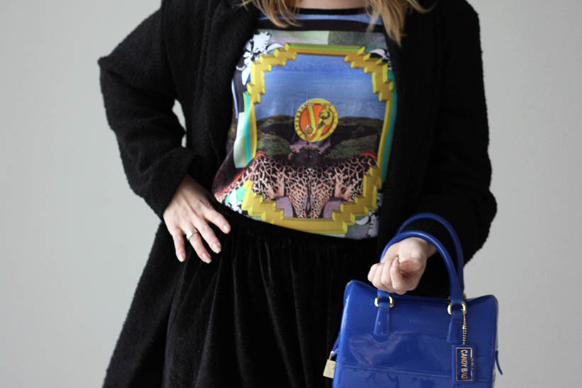Italian print ootd outfit versace furla dutch fashion blogger photoshoot streetstyle 8