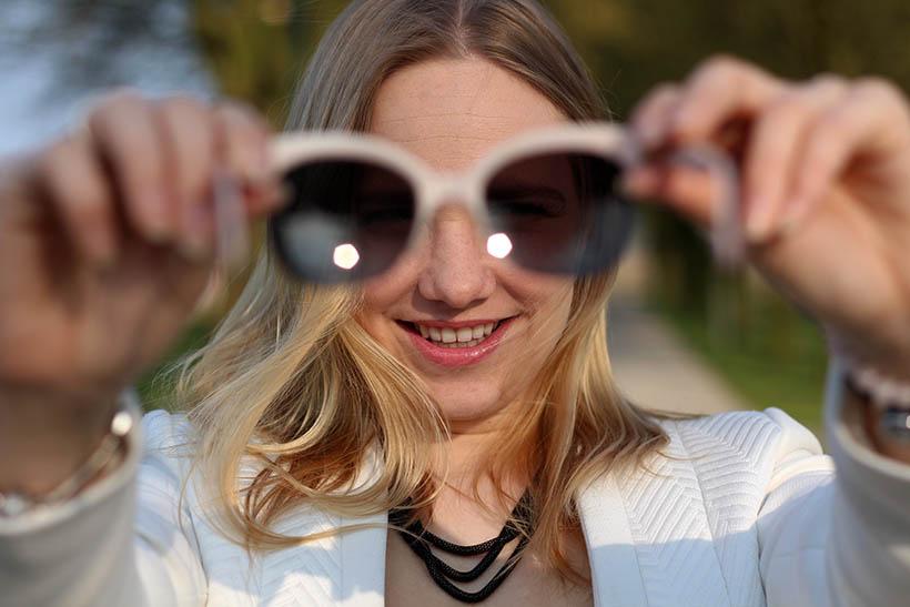 Bailey Balmain-ish outfit OOTD Dutch fashion blogger SarandaAdriana DL1961 jeans BLQE jewelry5
