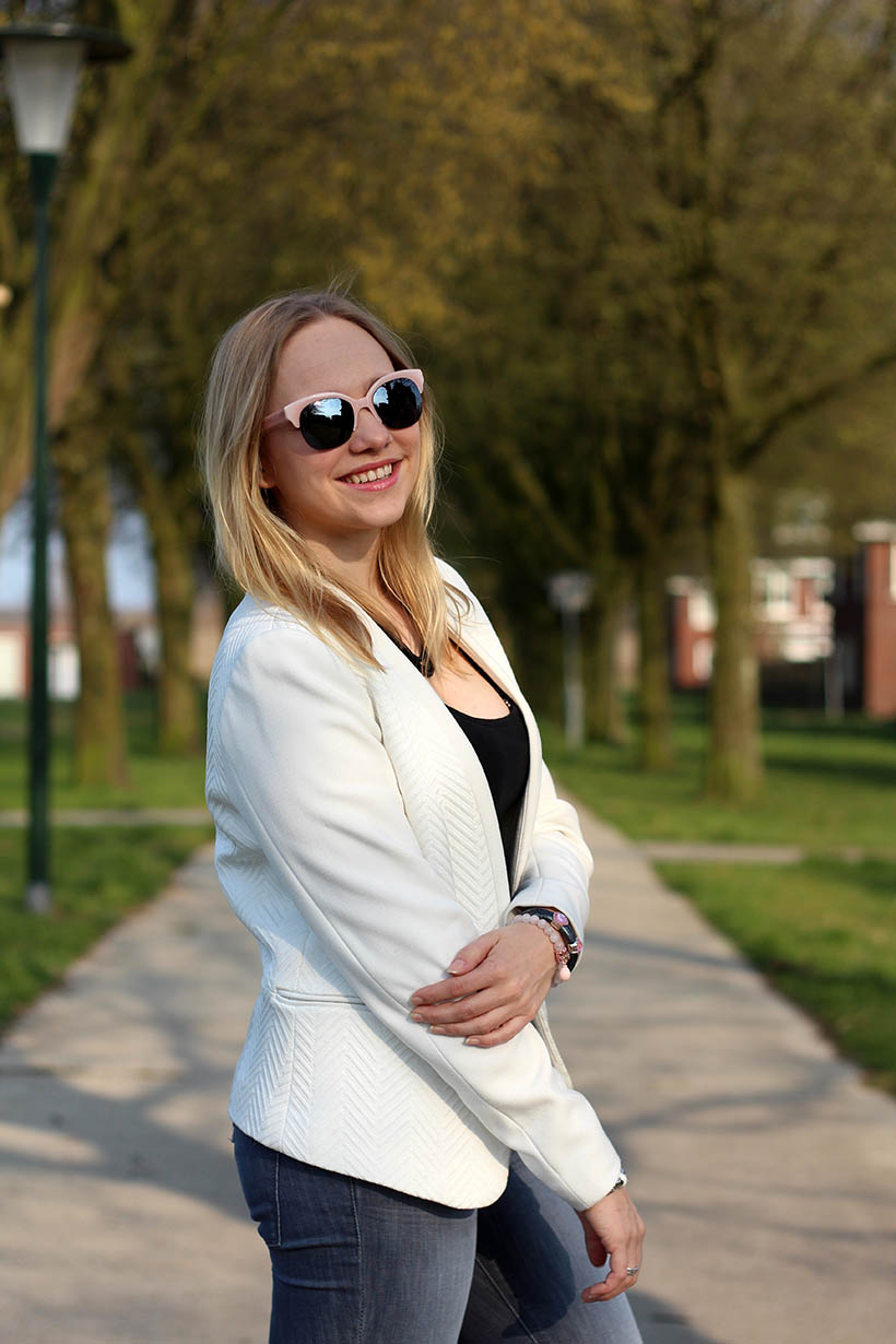 Bailey Balmain-ish outfit OOTD Dutch fashion blogger SarandaAdriana DL1961 jeans BLQE jewelry6