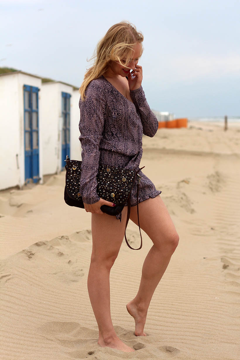 Life is a beach outfit ootd dutch fashion blogger sarandipity sarandaadriana playsuit my isabelli noosa amsterdam daniel wellington4