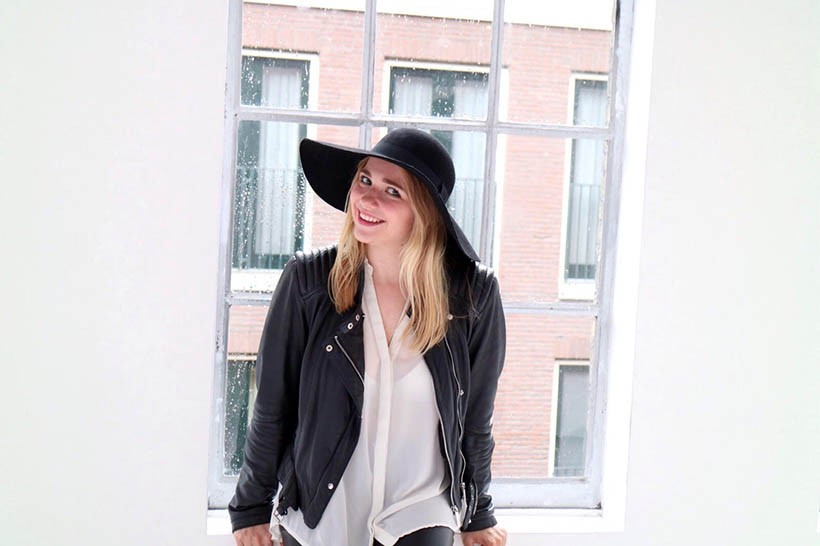 black-white-ecco-outfit-ootd-dutch-fashion-blogger-sarandaadriana4