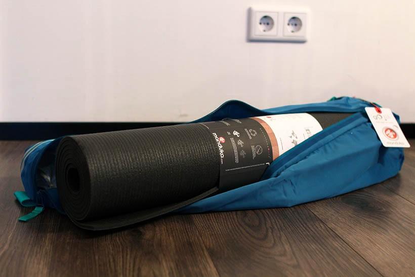 manduka go steady black mat pro yoga blog (2 of 3)