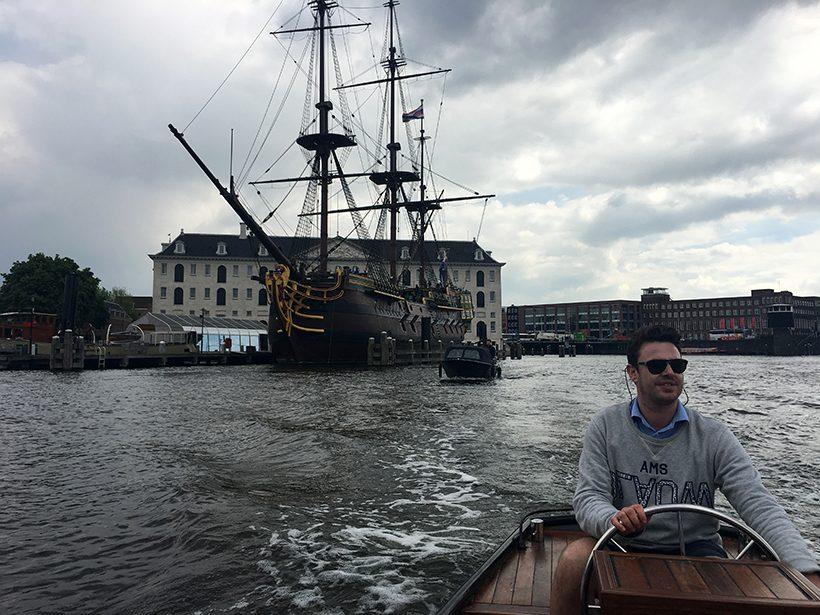 Bootuitje amsterdam boottochtje sloep amsterdamse grachten amstel