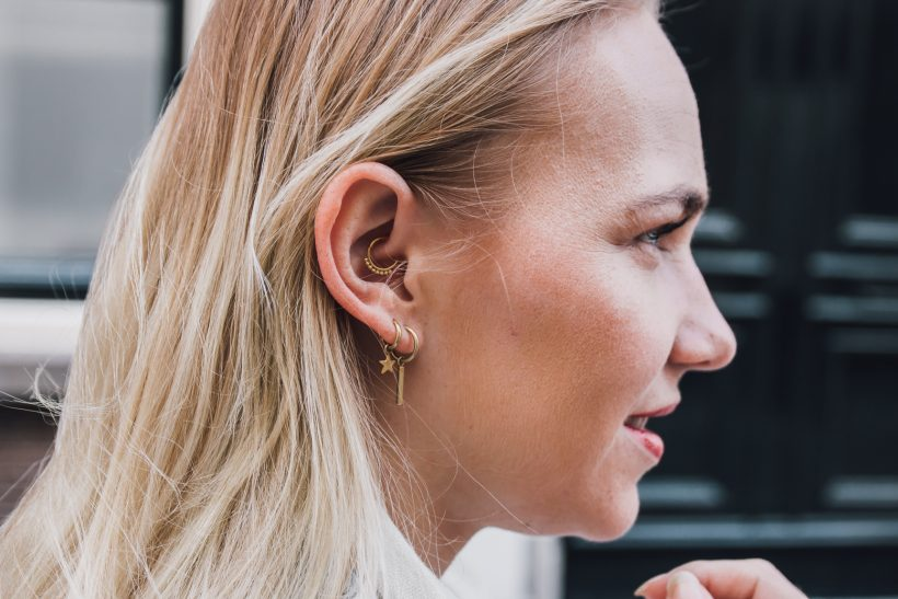 SarandaAdriana blogger daith piercing earparty by Alexandra Huijgens